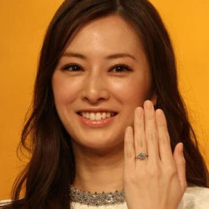 北川景子【驚愕】DAIGOからの婚約指輪は1000万超?どんな指輪?